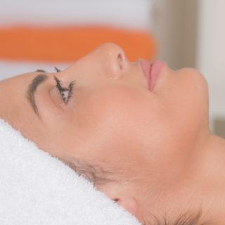 Tratamento de Rosto: Anti Acne