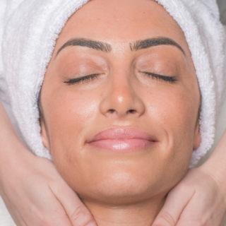 Tratamento de Rosto: Limpeza / Higiene Facial