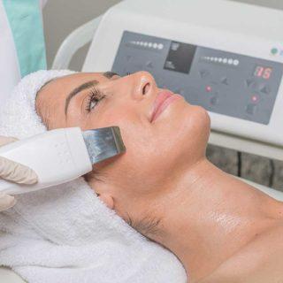 Tratamento de Rosto: Peeling Ultrassónico